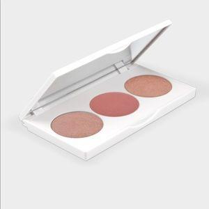 OFRA Makeup - Face palette by OFRA